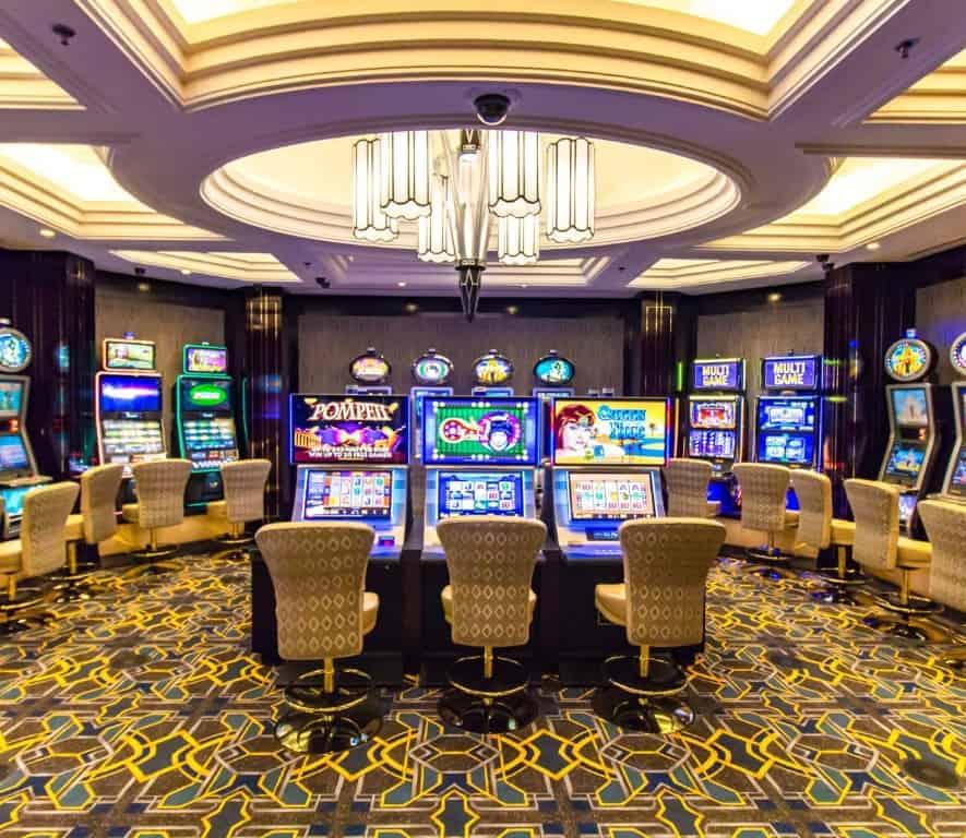 Salon Privé slots at the Suncoast casino